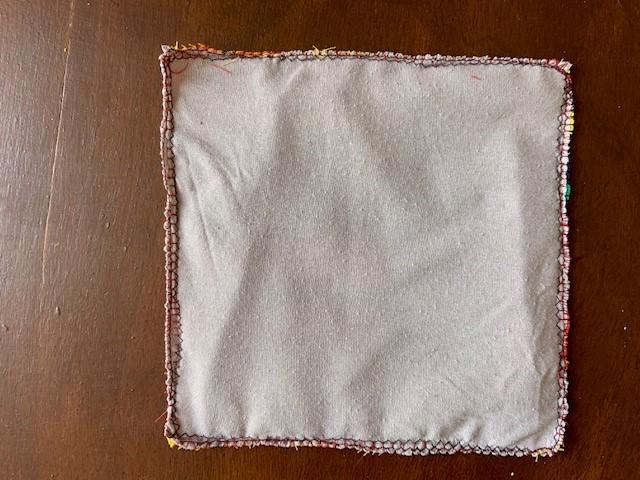 Tissu cousu aux 4 bords